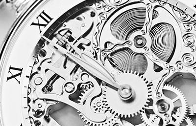 Bild zu Uhren in Silber